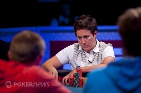 Dziesięć najważniejszych momentów WSOP Main Event 2012: Faza bubble oraz kolor Selbst