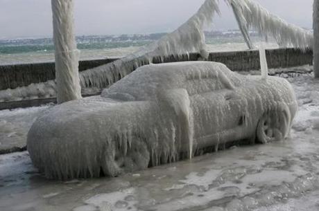 Užšaldyk: plūduriavimas ir herojiškas atsakymas