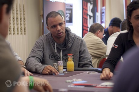 Phil Ivey ficha a Cole South para su escuela