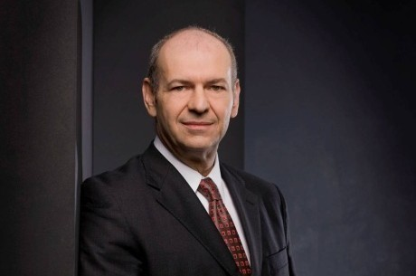Peter Zanoni greift die Casinos Austria frontal an