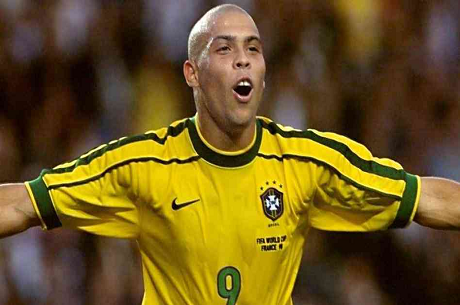 Ronaldo teamer op med Team PokerStars Pro