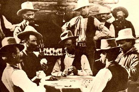 Экскурс в историю. Возникновение игры в покер