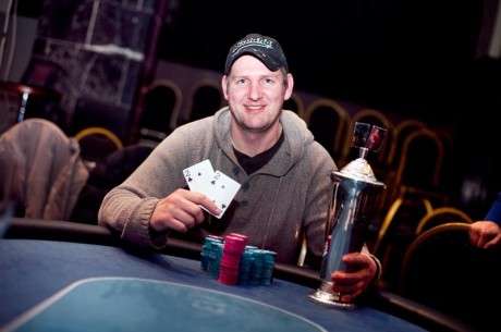 Rolf Andre Enger fra Hunndalen ble Norgesmester i gratispoker