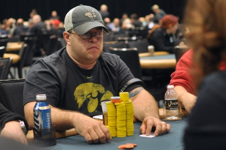 2012-13 WSOP Circuit Caesars Palace Las Vegas Day 2: 15 Remain; Jeff Fielder Leads