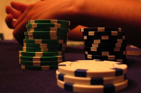Pokerio strategija: tęstinis statymas