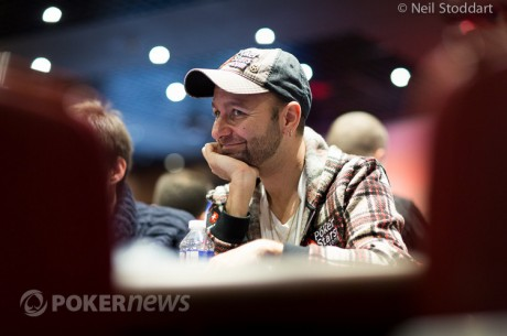 Daniel Negreanu e Phil Ivey na Frente do Main Event WSOP APAC - Dia 1