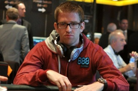 2013 WSOP Asia-Pacific Main Event Day 3: Thomas Leads; Negreanu and Esfandiari Lurking