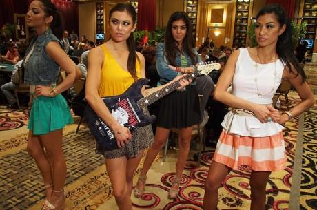 2013 World Poker Tour Seminole Hard Day Enfrentamiento Rock 2: Shaun Deeb de nuevo a la cabeza
