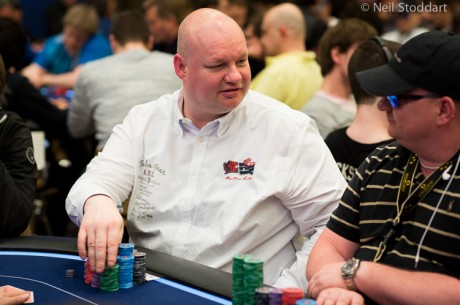2013 European Poker Tour Main Event Dag 1a: Ronny Voth leder