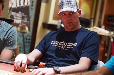 2013 del World Poker Tour Campeonato Día 2: Linster y Shak en Segundo Lugar, Ivey Falla