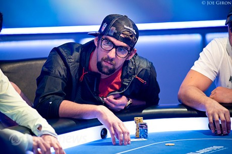 Video: Michael Phelps debuterer i World Series of Poker