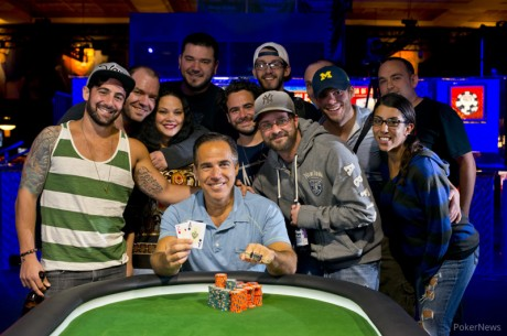 "2013 World Series of Poker Día 8 Cliff Josephy ""JohnnyBax"" gana el segundo brazalete..."