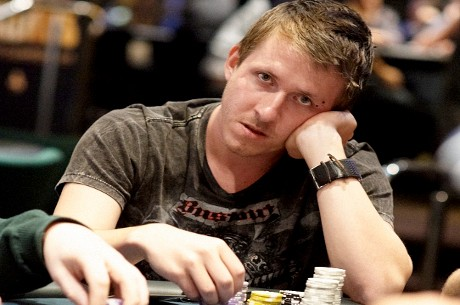 UK & Ireland Poker Rankings: Charlie Combes Topples Chris Moorman From Number 1 Spot