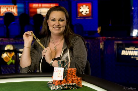 Dana Castaneda Becomes First Woman to Win Open Event at 2013 World Series of Poker