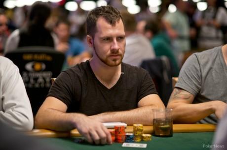 """Daniel """"Jungleman"""" Cates WSOP põhiturniiri 1B avapäeva liidrite seas"""