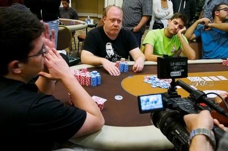 Второй день турнира 2013 World Poker Tour Legends of Poker: лидирует...
