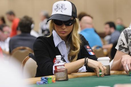 Vietoj pokerio Vanessa Rousso pradėjo kurti muziką