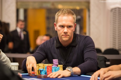 PokerStars.com EPT London £50,000 Super High Roller Den 1: Strassmann vede