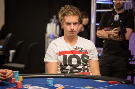 """Viktor """"Isildur1"""" Blom gyvą ir internetinį pokerį spėja žaisti vienu metu (foto)"""