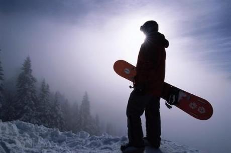 Коул Саут покатається на сноуборді в Антарктиді
