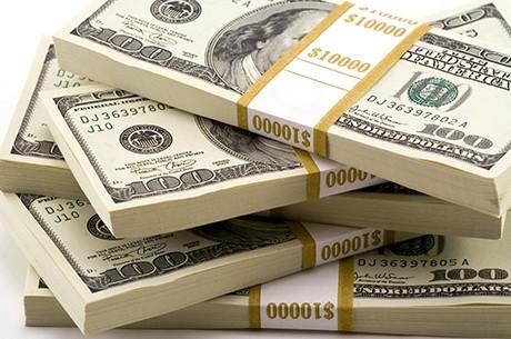 Честный таксист вернул игроку $300 000
