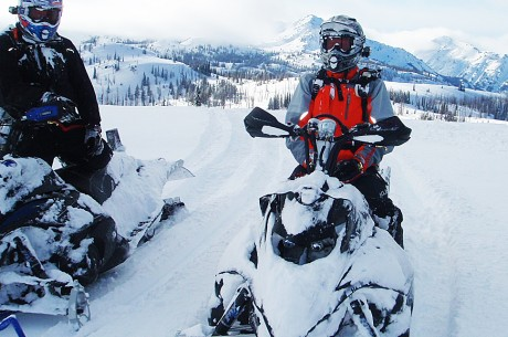 Snowmobile Poker Run in Oregon on Saturday