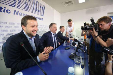 """Tony G Eleito para o Parlamento Europeu: """"Hoje Fizemos História!"""""""