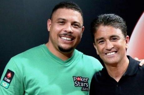 Football and Poker: Watch Ronaldo Play Heads-Up Against Bebeto