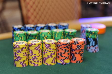 WSOP Main Event Canadian Contingent: Steve Tripp Bags a Big Stack from Day 2c