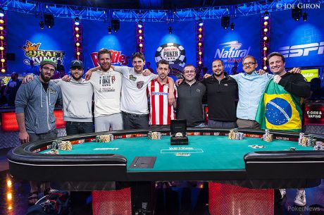 WSOP Main Event - Dag 7 - Van Hoof als chipleader naar November Nine, back-to-back voor Newhouse