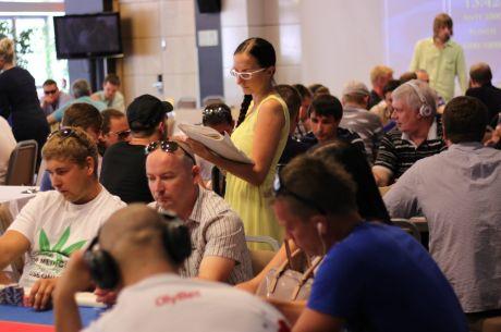 Südasuvine pokkeriturniir meelitas laudadesse paarsada mängijat