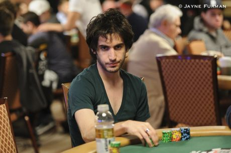 "Alex ""Alexomoon"" Luneau Wins $450,000 in Two Days; Viktor Blom Down $750,000 in August"