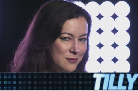 Jennifer Tilly Abre o Jogo no The Bonus Cut