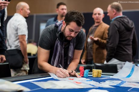 PokerStars EPT Barcelona Super High Roller Den 1: Ryan Fee vede s počtem 919,000 žetonů