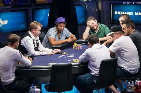 Stratégie Poker : Eviter de surjouer As-Roi en tournoi deepstack