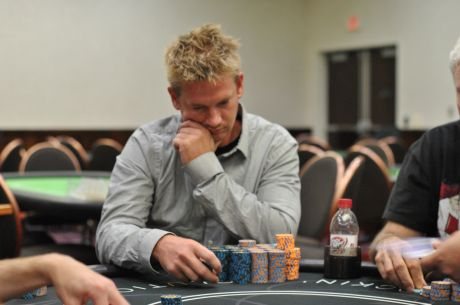 2014 RunGoodGear.com Hard Rock Tulsa Main Event Day 1b: Eric Bunch Rolls on Day 1b