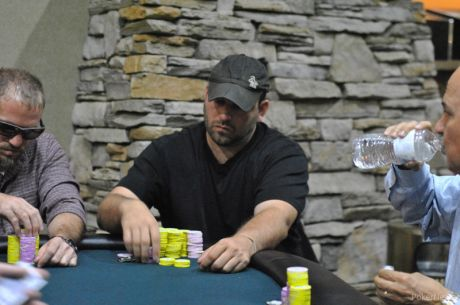 MSPT Ho-Chunk Wisconsin Dells Day 1b: Berlowski Edges Former Champ Bronk for Chip Lead