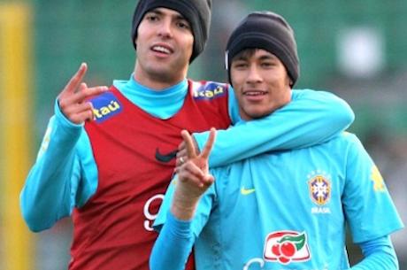 Neymar, Kaká,Pato,Luis Fabiano,Alan Kardec e Muitos Mais Apoiam Bruno Foster #vamofostera