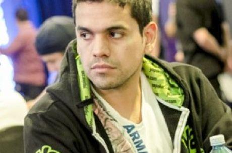 ¡Scam alert! Alex Manzano sufre engaño por parte de otro jugador.