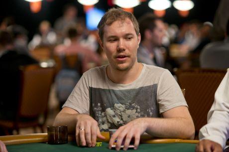 Александр Кострицын выиграл почти миллион долларов...