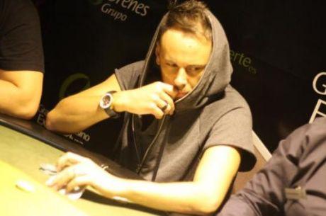 Cláudio Coelho Vai na Segunda Bala em Viena (TV Table)