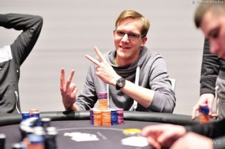 Florian Hardtke Leads the 2015 PokerNews Cup Main Event
