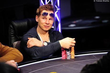 Pozrite si Žandára na finálovom stole PokerNews Cupu 2015