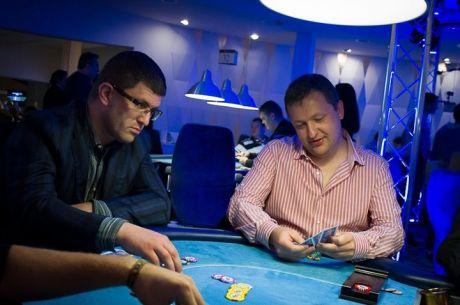 """Malūnsparniai ir aukščiausia pokerio lyga: """"King's"""" kazino savininko Leono Tsoukerniko..."""