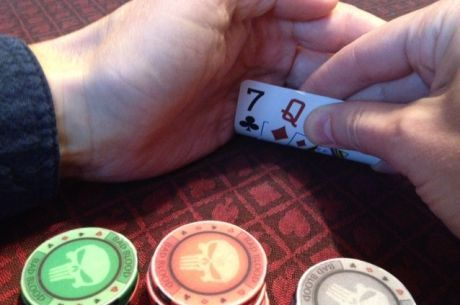 Casino Poker for Beginners: Protecting Your Hand from Prying Eyes