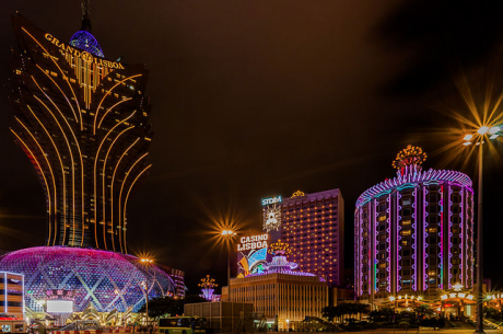Macau Casino Revenues Expected to Continue to Decline