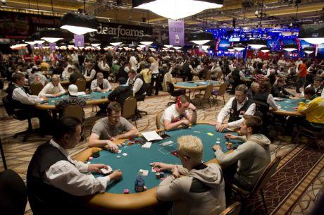 WSOP apžvalga: pirmąja auksine apyranke pasidabino Brandonas Barnettas