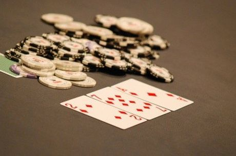 Being Deceptive by Not Being Deceptive -- A Poker Paradox Explained