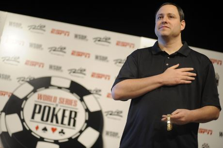 Top Pros Say 2015 WSOP Increased Starting Stacks Amount To Fool's Gold