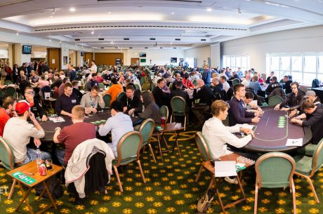 2015 Unibet Open Glasgow Day 1a: Chutrov Amasses a Huge Stack